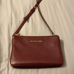 Auth. Michael Kors Crossbody - LIKE NEW